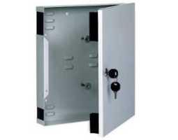 Kabinet, optički, zidni, za 2 modula 12/24 SC/DSC/ST-FC, prazan, sa ključem